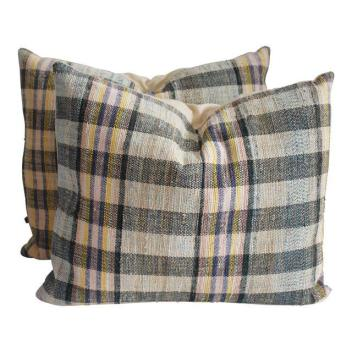 decaso pillows