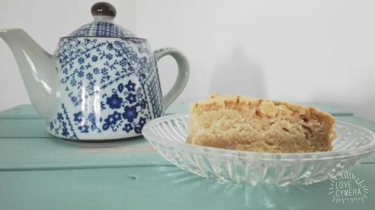 red tea cake 4